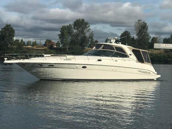 Sea Ray 460 Sundancer Profile