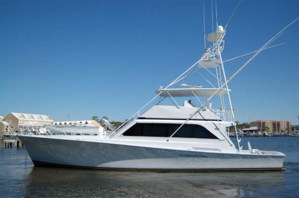Ocean Yachts 63 Sport Fish Profile Shot