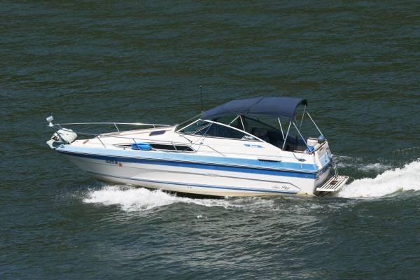 Sea Ray 230 Weekender