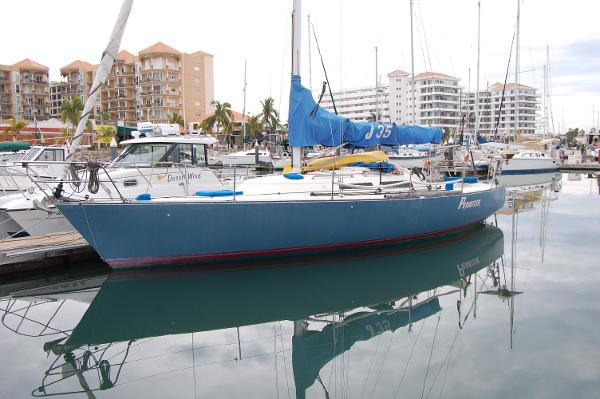 J Boats J35
