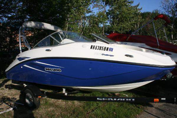Sea-Doo Sport Boats Challenger