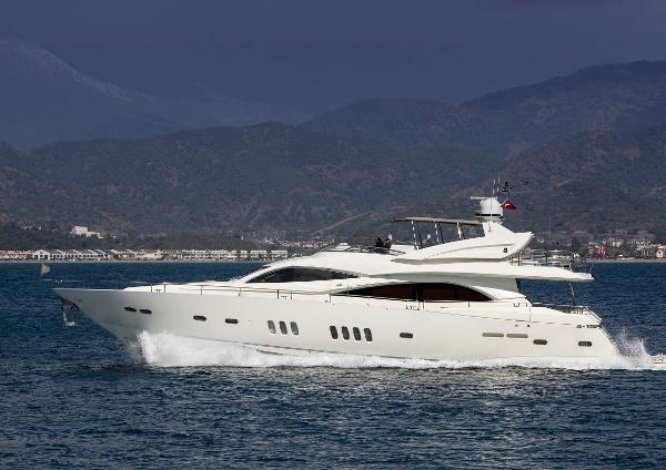 Sunseeker 90 Yacht Sunseeker 90 Yacht