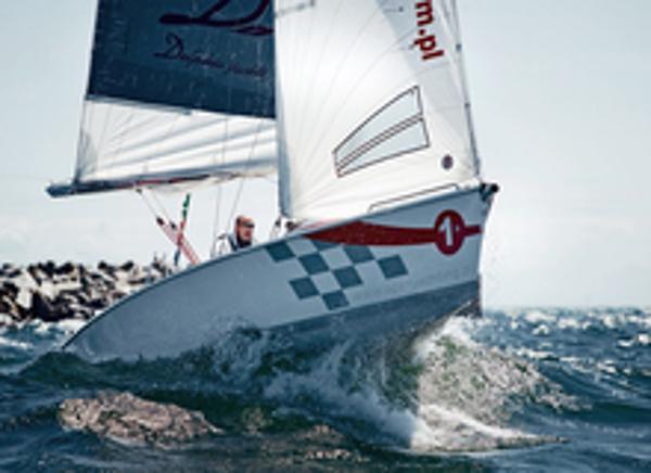 Delphia 24 Sailing