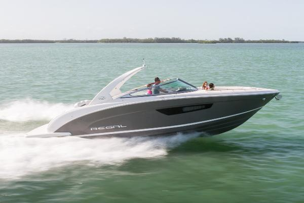 Regal 3300 Bowrider Manufacturer Provided Image