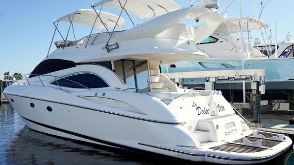 Sunseeker Manhattan 56 Profile