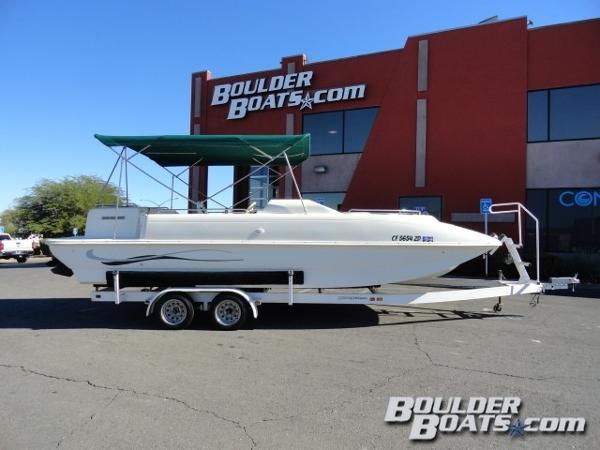 Rinker Flotilla 24