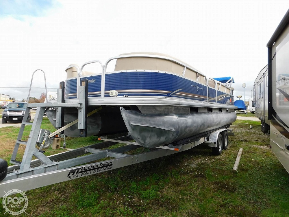 Sun Tracker Party Barge 24 DLX 2013 Sun Tracker Party Barge 24 DLX for sale in League City, TX