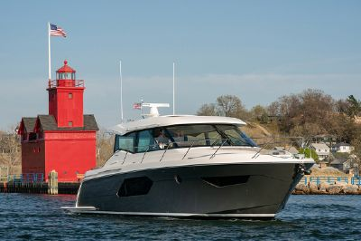 Tiara Yachts C49 Coupe 49' 2021 Tiara C49 Coupe