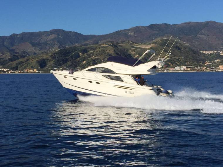 Fairline Boats Fairline Phantom 43