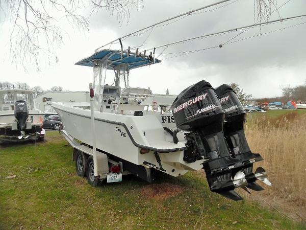 SeaVee 29 - 2011 Power Port Quarter