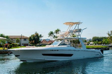 Boston Whaler 420 Outrage boats for sale - boats com