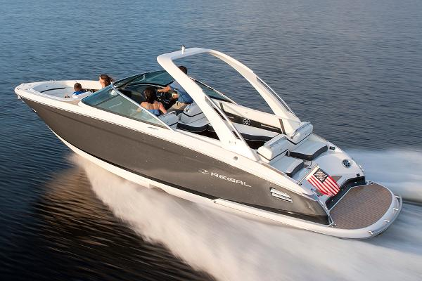 Regal 2800 Bowrider Manufacturer Provided Image
