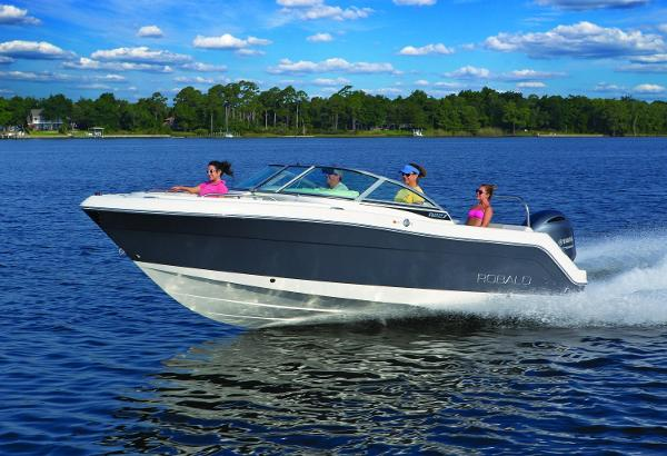 Robalo R227 Dual Console 2017 Manufacturer Provided Image