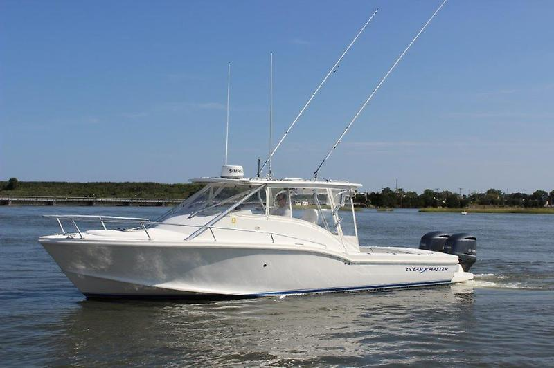 Ocean Master 336 Express Profile