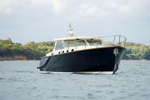 Revival 45 Gentlemans Motor Yacht