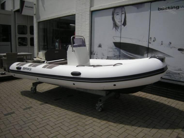 Brig Falcon 450 de Luxe