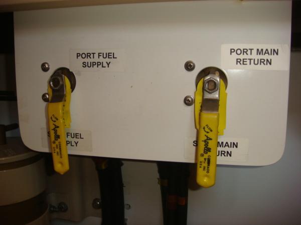 42' Nordic Tug fuel manifold