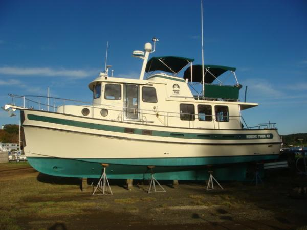 42' Nordic Tug port profile