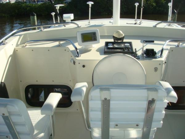 42' Nordic Tug flybridge helm