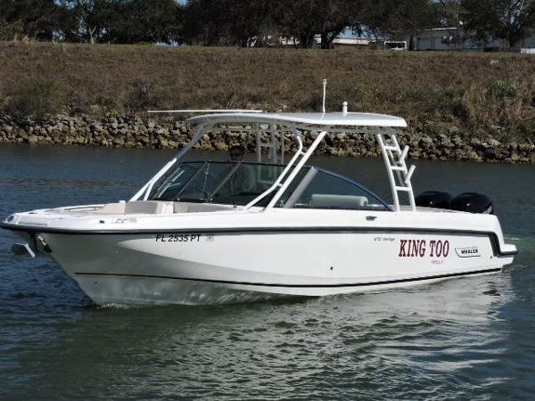 Boston Whaler 27 VANTAGE