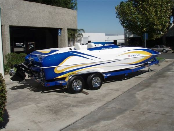 Shockwave 22 Deck Boat