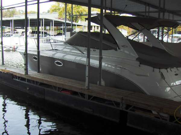 Chaparral Signature 330 Cruiser