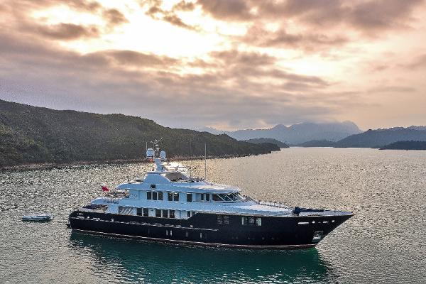 Royal Denship 44 Meter