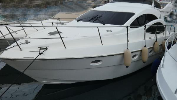 Azimut 42 Fly Azimut 42 for sale in Greece by Alvea Yachts