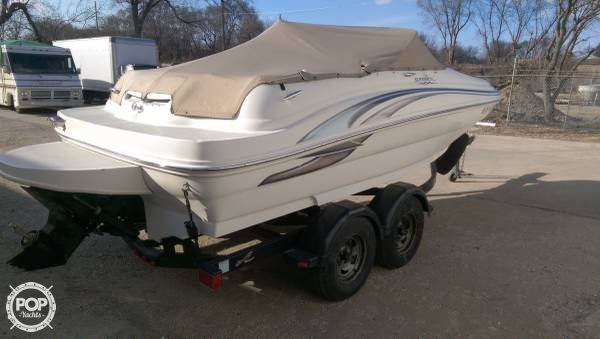 Sea Ray 190 Sundeck 2002 Sea Ray 20 for sale in Elkhorn, WI