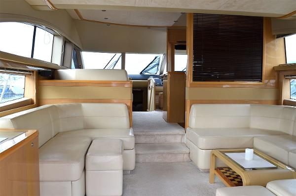 Princess 62 - Deck Saloon