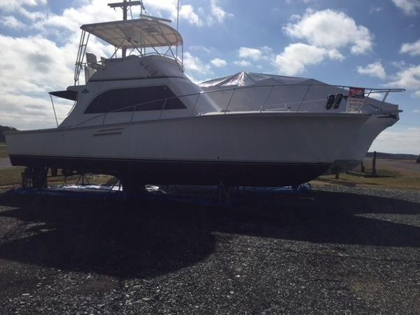 Pace 42 Sportfish Convertible