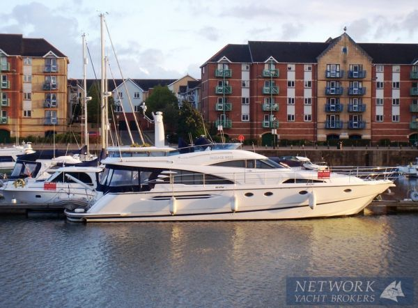 Fairline Squadron 58 Photo 1