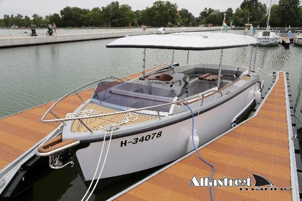 Alfastreet Marine 23 Open Electric Prestige Line