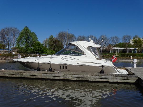 Cruisers Yachts 420 Express IPS Diesel