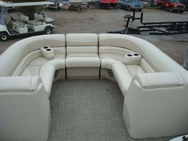 Bennington G Series 2550 GSR