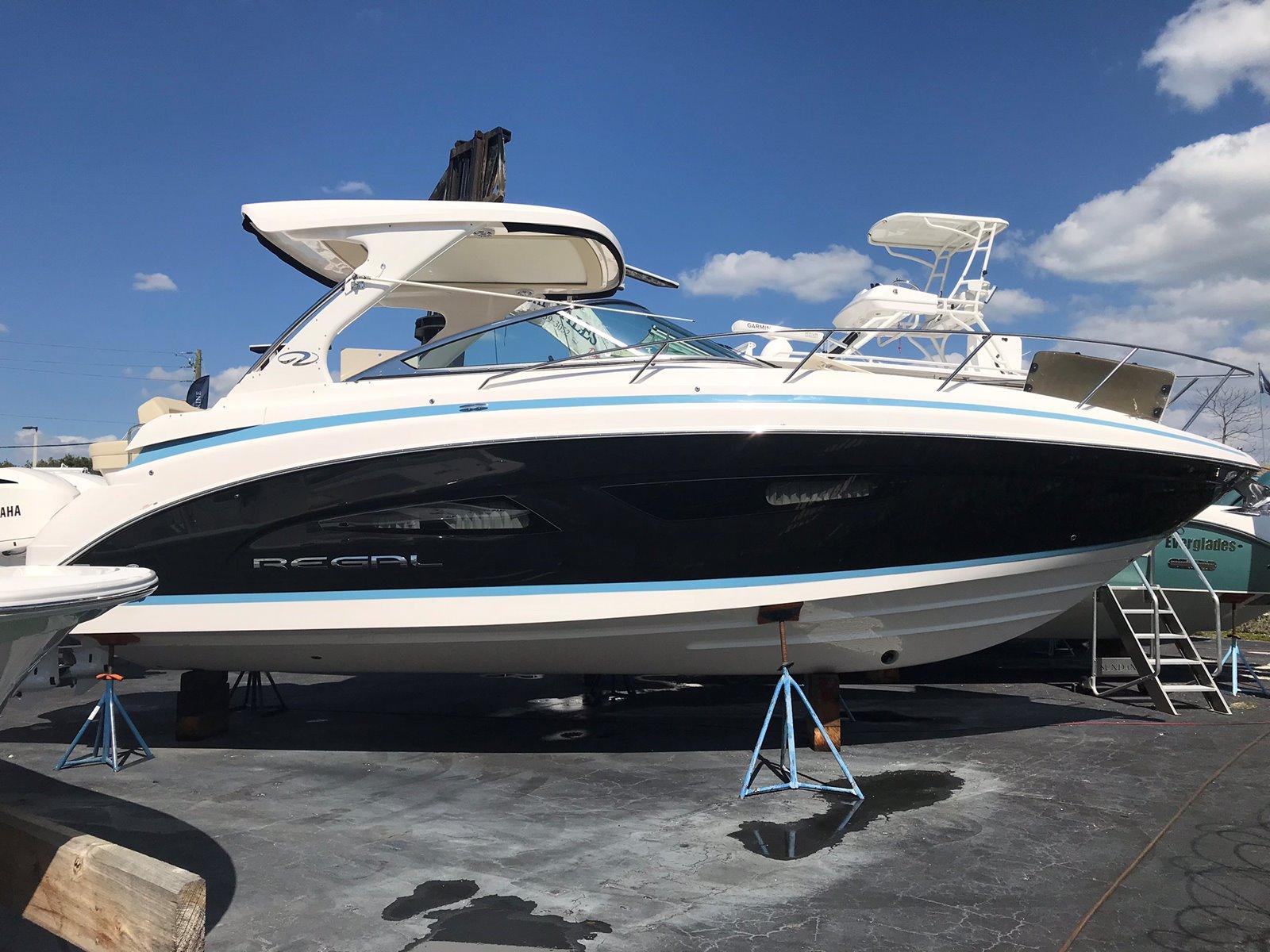 Regal Outboard 33 XO