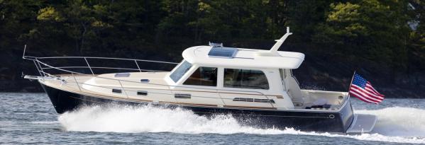 Sabre Yachts Salon Express Running