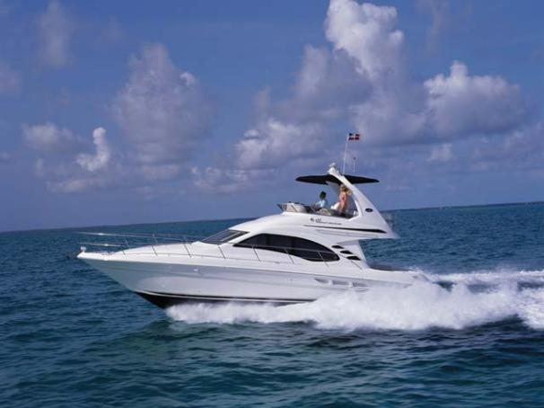 Sea Ray 420 Sedan Bridge Manufacturer Provided Image
