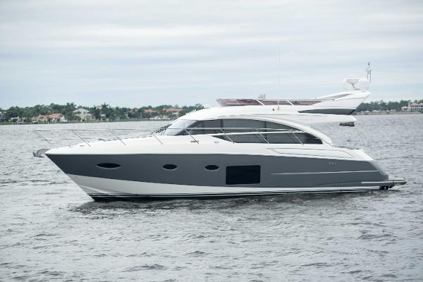 Princess 52 Flybridge 2016 52 Princess - Flybridge