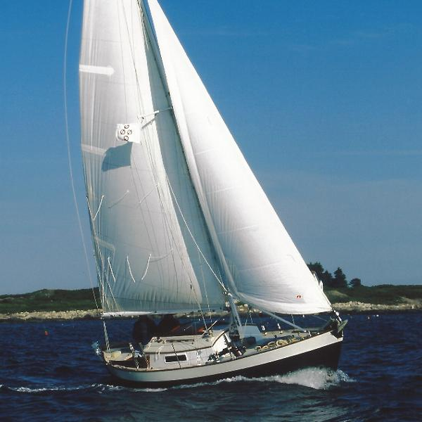 Morris Yachts Frances Frances 26 Petrel sailing to weather