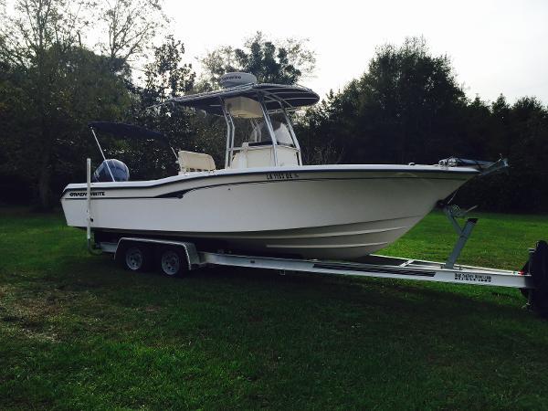 Grady-White 257 CC Profile Starboard