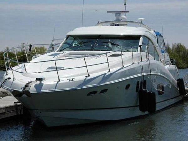 Sea Ray 55 Sundancer Profile
