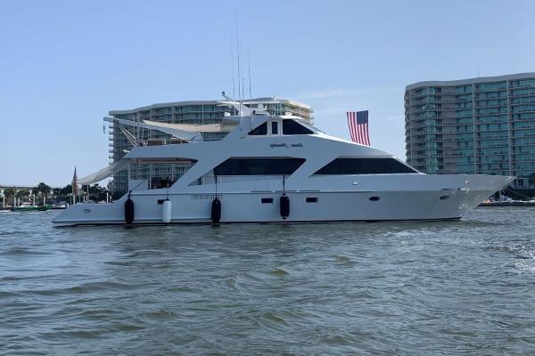 Custom 82 Motor Yacht 2003 75 Breaux Bay Custom Come Monday Profile