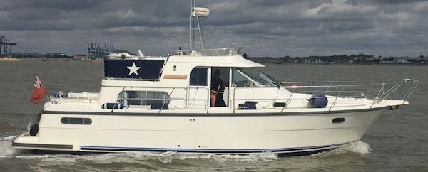 Nimbus 370 Trawler Nimbus 370 Trawler