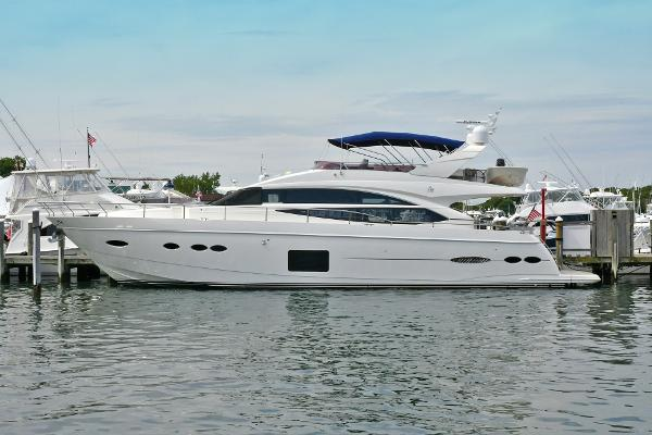 Princess 72 Flybridge Port Side