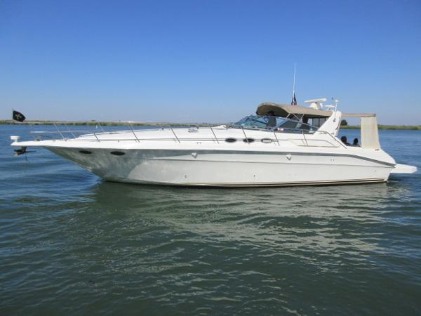 Sea Ray 400 Express Cruiser PORT PROFILE