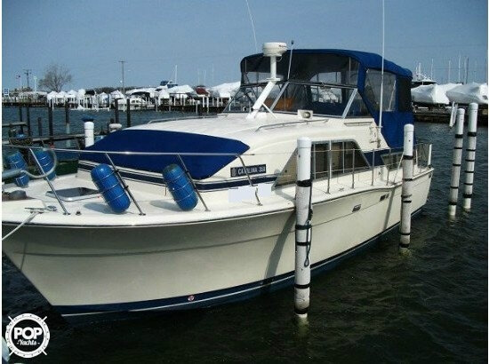 1986 chris craft catalina 350 st clair shores michigan for Chris craft boat accessories