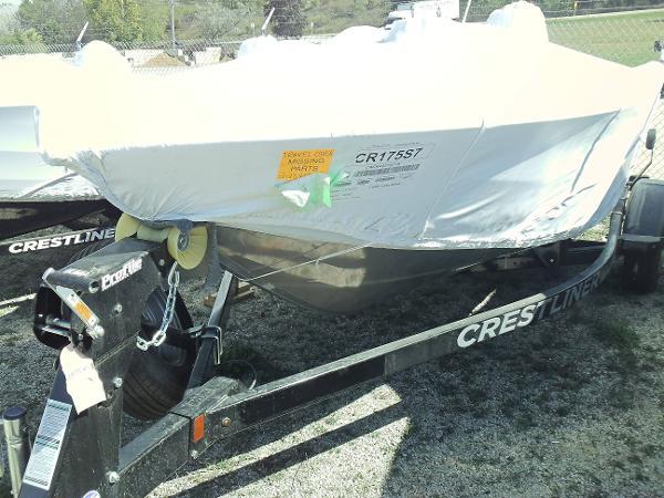 лодка crestliner 1750