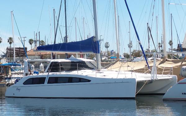 Seawind 1160 3 Cabin Island Dockside