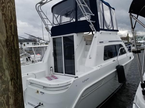 Mainship 31 Sedan Bridge